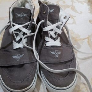 Brand new converse for sale